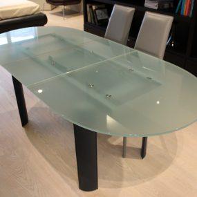 tavolo allungabile con piano in vetro di Cattelan Italia scontato