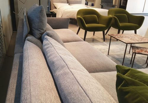 Divano Poliform con chaise longue