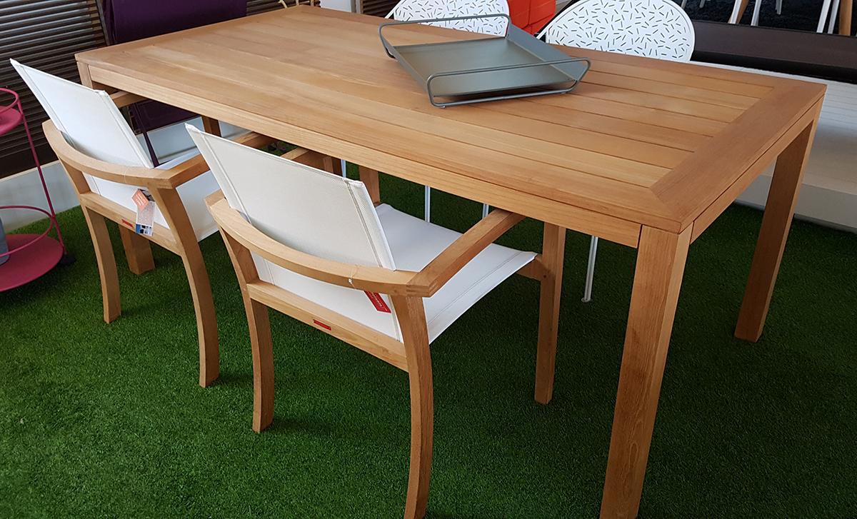 Tavolo da esterno xqi royal botania iori arredamenti arredo progettazione e design - Ikea esterni 2017 ...