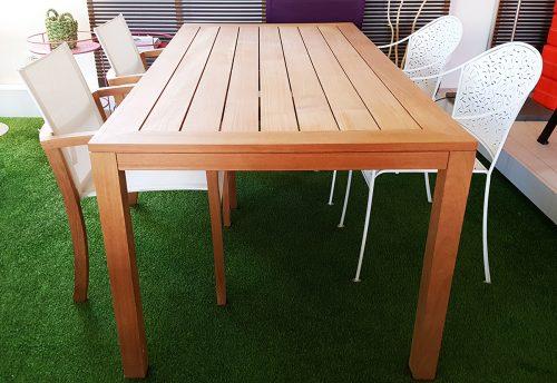 Tavolo fisso in teak da esterno