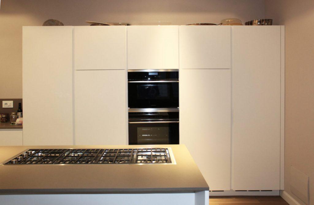 progettazione cucina su misura Poliform Reggio Emilia
