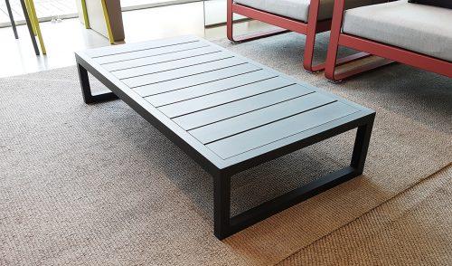 tavolino Kettal in alluminio in offerta Reggio Emilia