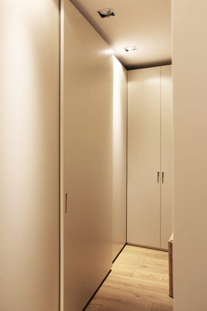 Cabina armadio spogliatoio moderna su misura