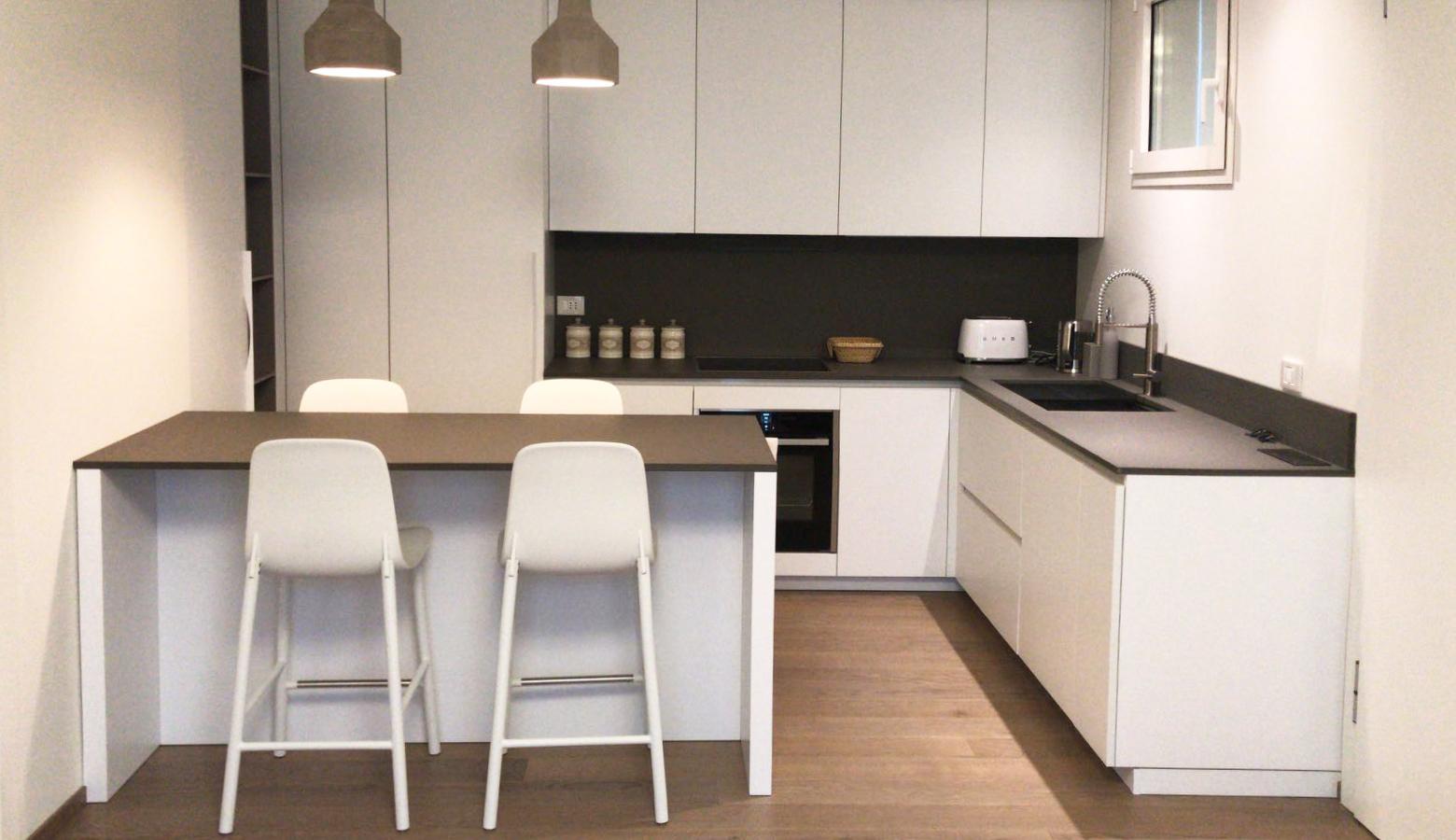 Appartamento fh iori arredamenti arredo progettazione for Arredamento appartamento completo