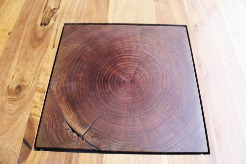 Tavolo di Riva 1920 in legno massello in offerta