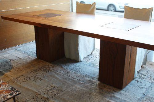 moderno tavolo in legno massello Riva 1920 Boss Executive in offerta