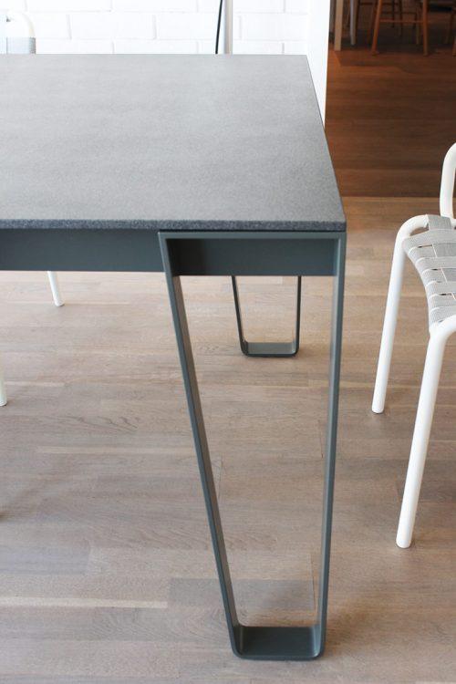 tavolo inout 933 Gervasoni in sconto a Reggio Emilia