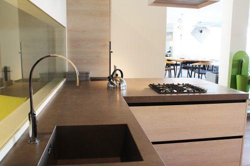 Cucina con gola di design in offerta a Reggio Emilia