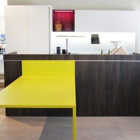 moderna cucina bianca con isola Reggio emilia