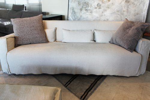 offerta divano + pouf More di Gervasoni