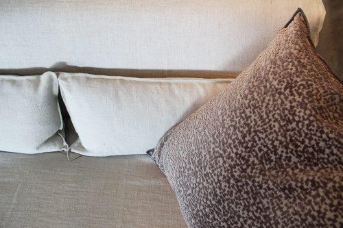 divano in tessuto More di Gervasoni in sconto a Reggio Emilia