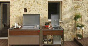 Cucina e barbecue moderno in terrazza