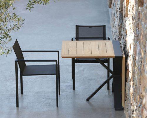 tavolo per esterno allungabile quadrato
