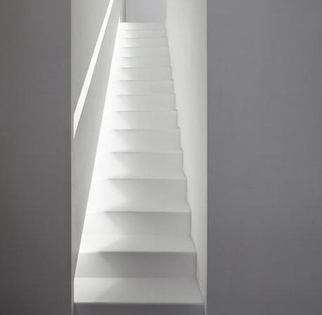 luci a led scala interna fra due muri