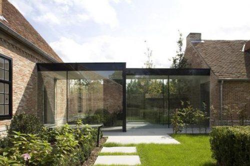 Contrasto architettonico con le verande esterne