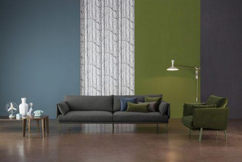 Arredo sala con colori a contrasto