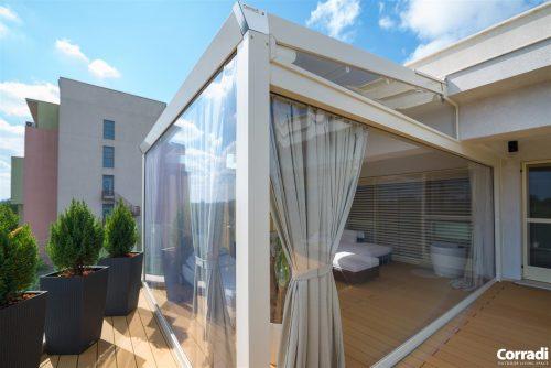 Terrazzo chiuso con vetrate